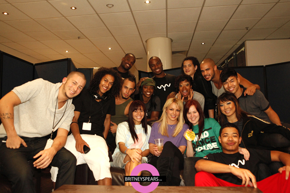 Britney-and-Dancers.jpg