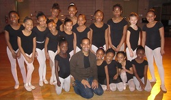 Aubrey Lynch with dance students of Harlem School of the Arts