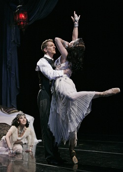 Brian Wallenberg with Kelsey Yip & Kristi Necessary of Atlanta Ballet
