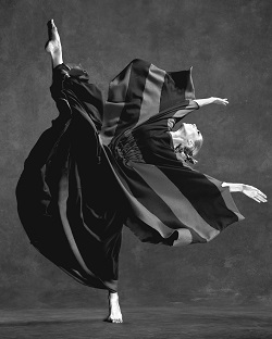 Katherine Crockett of Martha Graham Dance Company