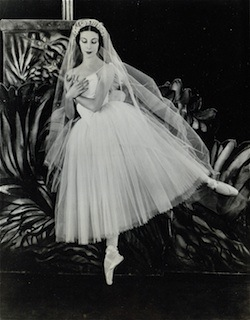 Alicia Markova in 'Giselle' in 1942
