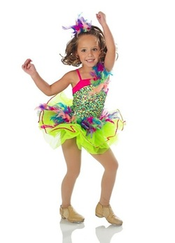 Little girl jazz dancer