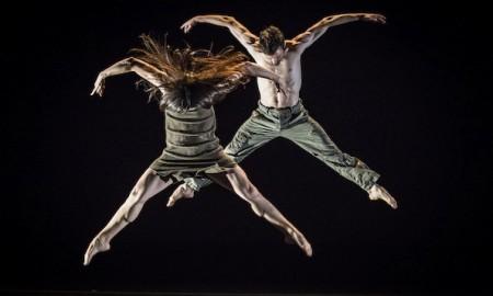 BODYTRAFFIC-in-choreographer-Kyle-Abrahams-Kollide.-Photo-by-Tomasz-Rossa.1