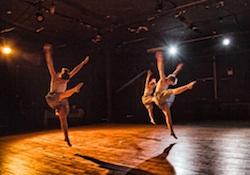 Roschman Dance in performance