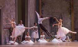 Joffrey Ballet in Wheeldon's Swan Lake