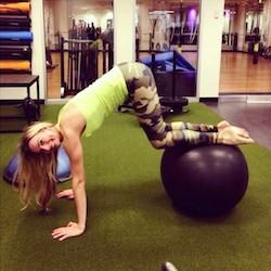 Shauna Hoskin crunch fitness