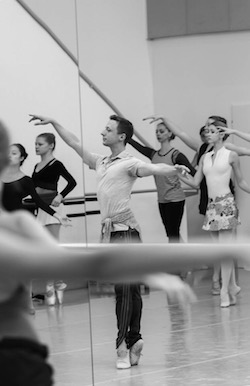 Matthew Powell teaching company class at Slovak National Ballet