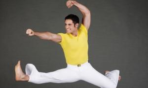 Paul Taylor Dance Company Member Michael Apuzzo in Taylor's 'Sea Lark'