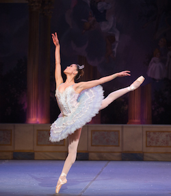 Lia Cirio in Mikko Nissinen's 'The Nutcracker'. Photo by Rosalie O'Connor.