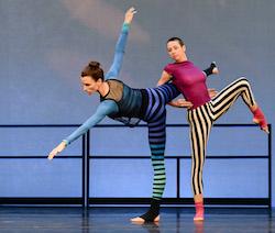 Lauren Ferguson and Emily Vetsch of Wendy Osserman Dance. Photo by Dariel Sneed, courtesy of Arts Brookfield.