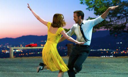 Sebastian (Ryan Gosling) and Mia (Emma Stone) in LA LA LAND. Photo by Dale Robinette