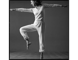 Trisha Brown. Photo by Lois Greenfield.
