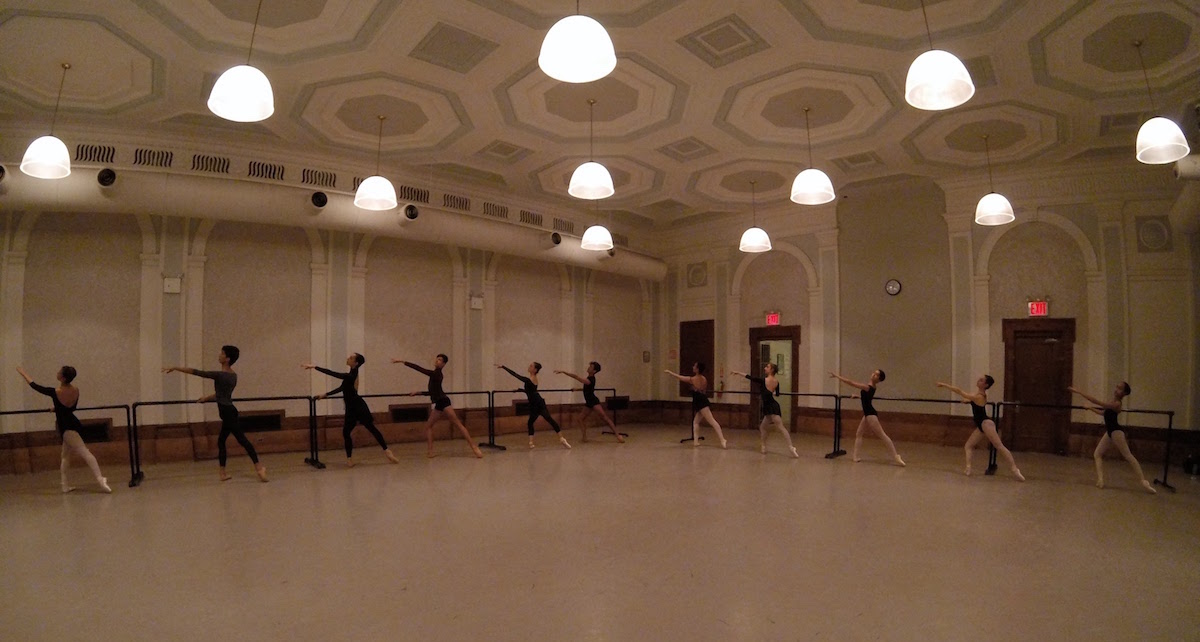 Vassiliev Academy of Classical Ballet. Photo by Vassiliev Art Ballet Production.