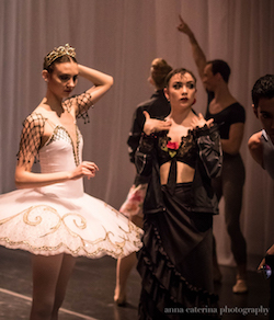 ADC|IBC 2017 Senior Division Grand Prize Winner Shaelynn Estrada, right, backstage before the Awards Gala. Photo by Anna Caterina Photography.