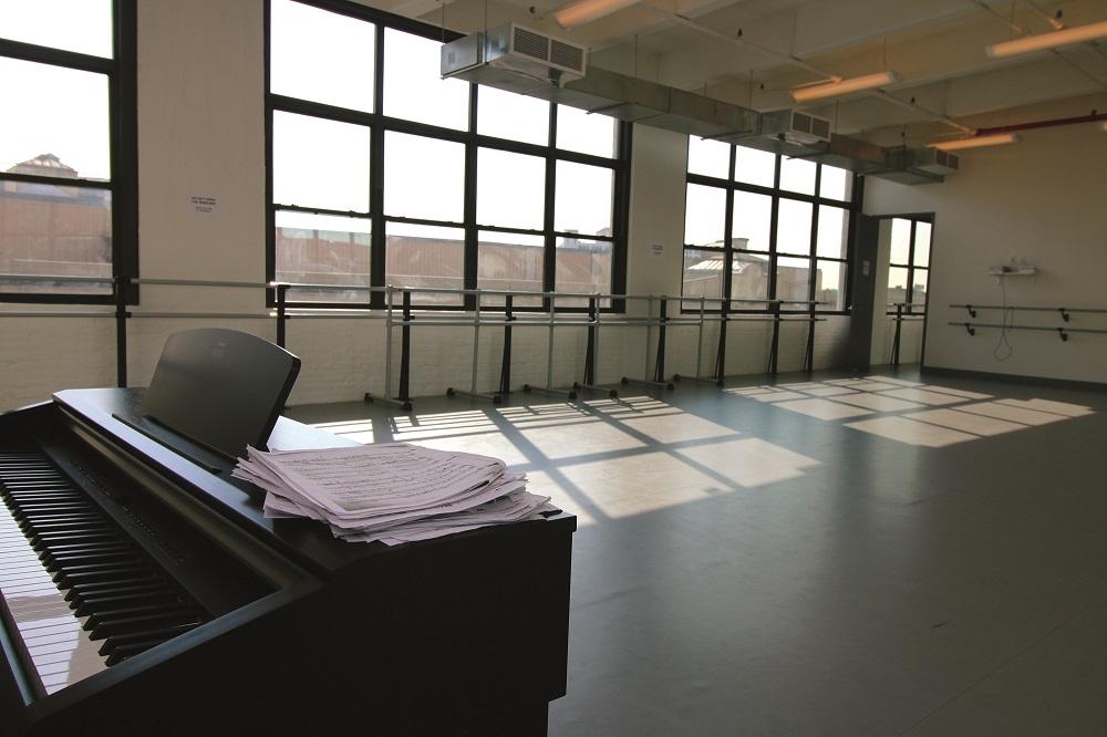 Stagestep dance floor Joffrey Ballet School