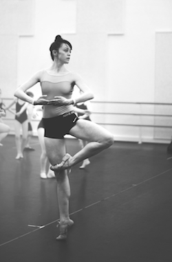 Former Boston Ballet Principal Dusty Button during a Ballet in the City Master Class at Kent State University. Photo by Alexis Ziemski.