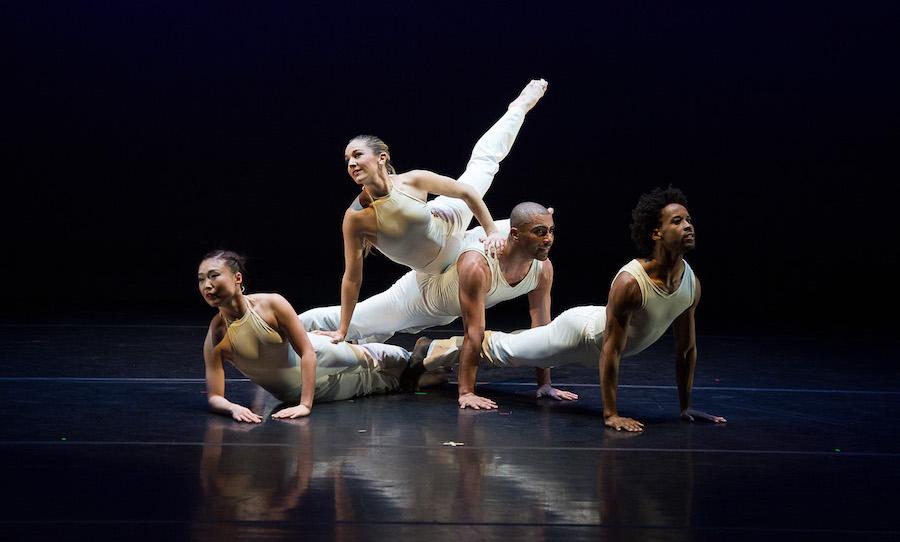 'Sextet', Carolyn Dorfman Dance. Photo by Christopher Duggan