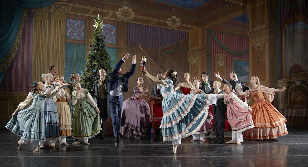 José Mateo Ballet Theatre's 'The Nutcracker'. Photo by Gary Sloan.