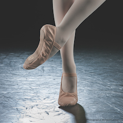 Eurotard's Tendu Full Sole Ballet Shoe. Photography by Richard Calmes.