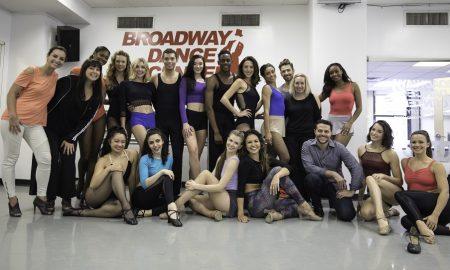 Só Dança Broadway Cabaret Shoe video.