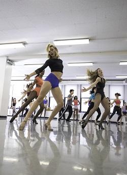 Só Dança Broadway Cabaret Shoe.