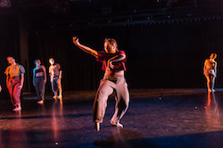 Yonder Dance Company in 'IRL'. Photo by Clark Scott.