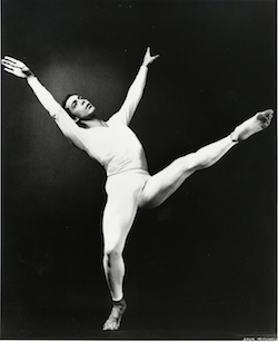Paul Taylor in 'Aureole'. Photo courtesy of the Paul Taylor Dance Foundation Archives.