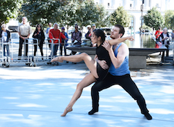 Caili Quan's 'Shift' performed in a Pop Up at the Barnes Foundation, featuring BalletX dancers Andrea Yorita and Zachary Kapeluck. Photo by Bill Hebert.