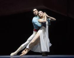 Airi Igarashi & Sergio Masero-Olarte as Marie & Nutcracker Prince. Photo by Gene Schiavone.