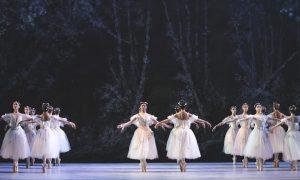 Atlanta Ballet's 'La Sylphide'. Photo by Charlie McCullers.