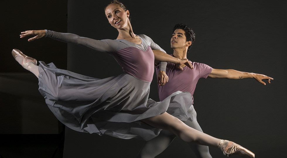 State Street Ballet in 'Chichester Psalms'. Photo by David Bazemore.