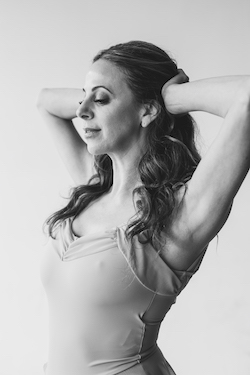 Kirsten Bloom Allen.