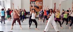 Leslie Salmon Jones teaching at Ailey Extension. Photo by Enid Farber.