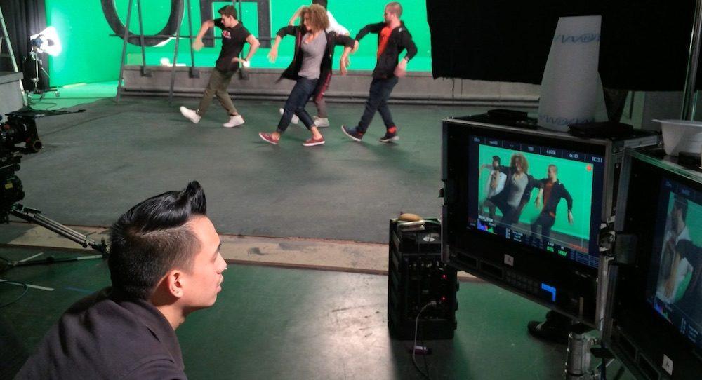 Del Mak behind the scenes. Photo courtesy of Mak.