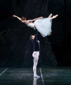 Maria Mosina and Alexei Tyukov in 'Giselle'. Photo by Mike Watson.