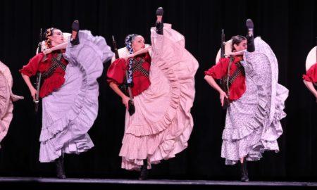 Ballet Nepantla. Photo by Eddy Fernandez.