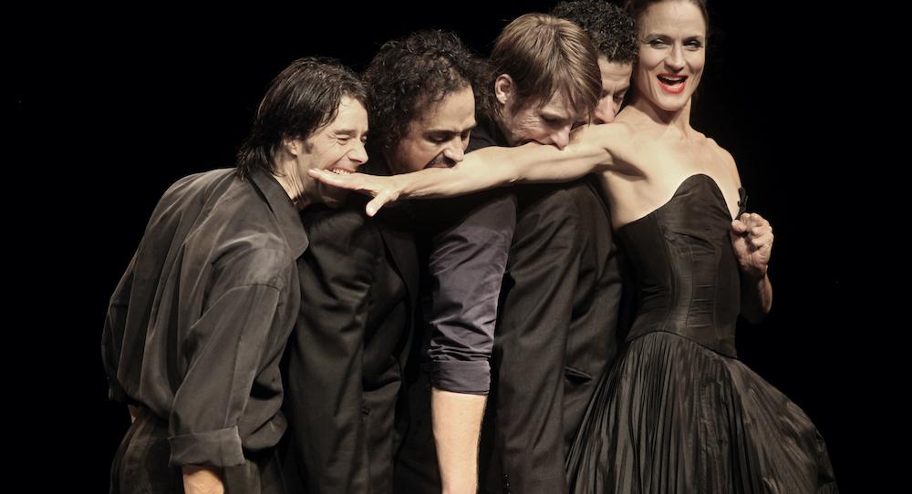 Pina Bausch's 'Vollmand'. Photo by Julieta Cervantes.