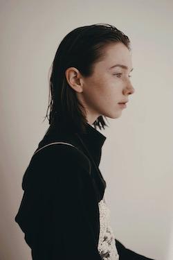 Mikaela Kelly. Photo by Jesse Callaert.