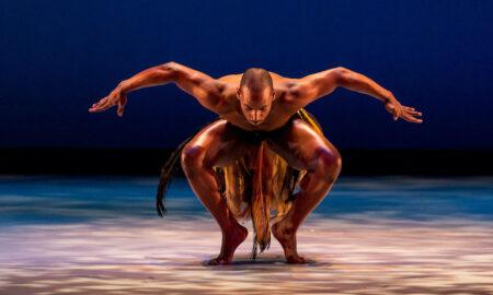 Dallas Black Dance Theatre in 'Awassa Astrige/Ostrich'. Photo by Sharen Bradford, The Dancing Image.