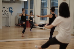 Alicia Kee teaching at PMT House of Dance. Photo by Ayelet Pasternak.