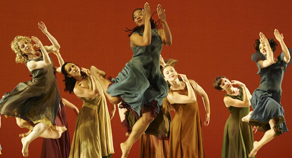 Mark Morris Dance Group. Photo by David Leyes.