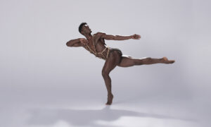 Lloyd Knight in Martha Graham's 'Circe'. Photo by Hibbard Nash Photography.