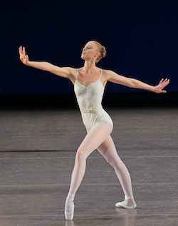 Teresa Reichlen in 'Movements for Piano and Orchestra'. Photo by Paul Kolnik.