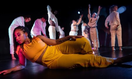 VLA Dance's 'In the Space Between'. Photo by Melissa Blackall.