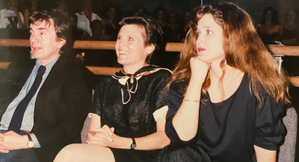 Ann Reinking (center). Photo courtesy of Debra McWaters.